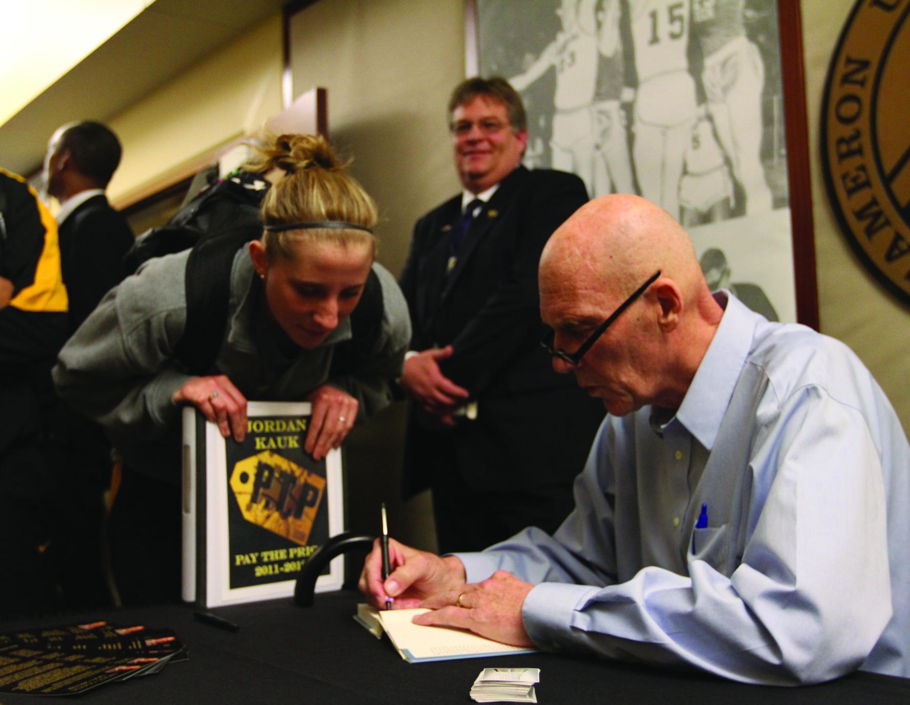 Coaching legend visits Cameron University