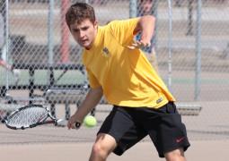 Tennis splits matches with Ouachita Baptist, CSU-Pueblo