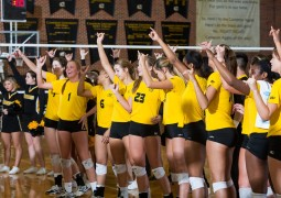 Aggies snap skid, defeat West Texas A&M in five sets