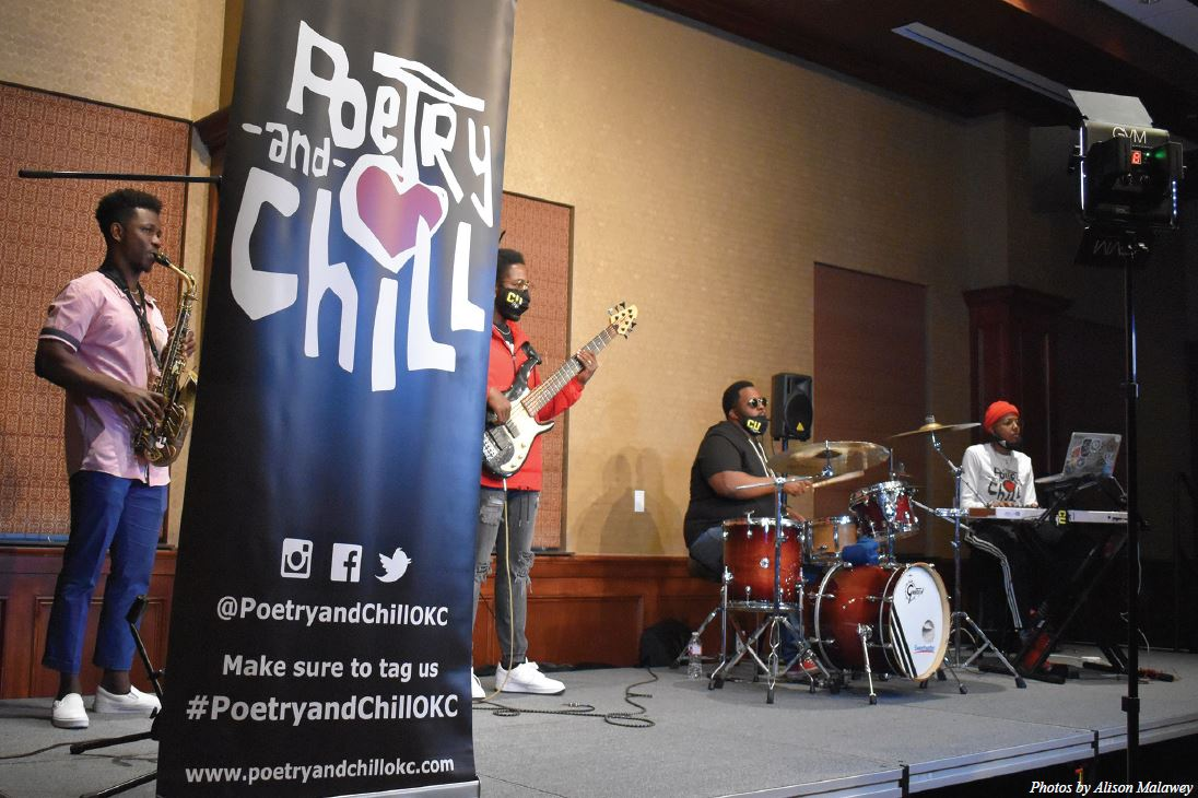 Open mic: Poetry and Chill